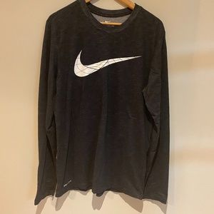 Nike Mens Long Sleeve T-shirt Top